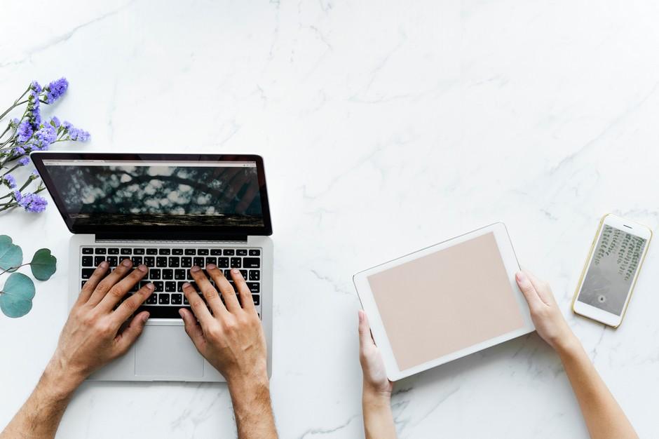 Polityka prywatności i cookies - laptop, tablet.